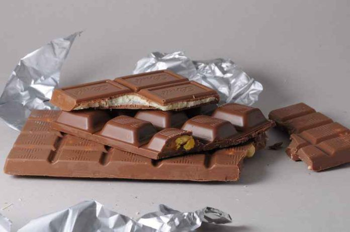 chocolate cause acne