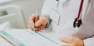 increases risk of alzheimer's
