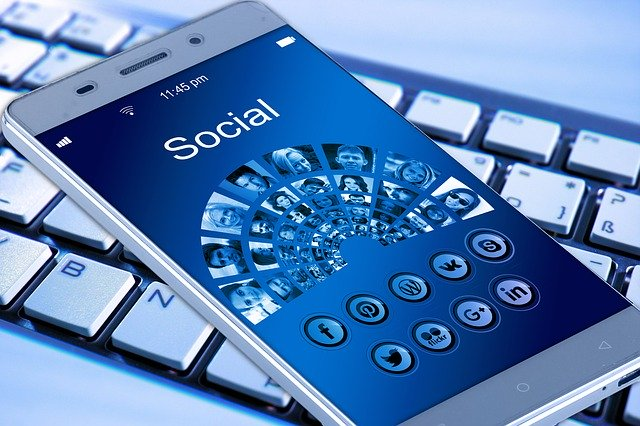 social media use and adolescent health