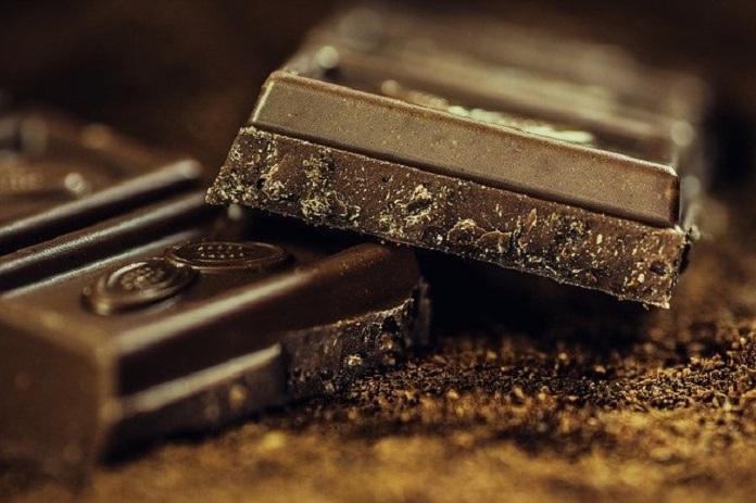 is chocolate good for brain health