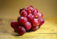how healthy are grapes